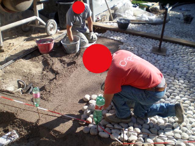 Pavimenti in ciottoli la nostra guida pavimenti a roma for Sassi di fiume