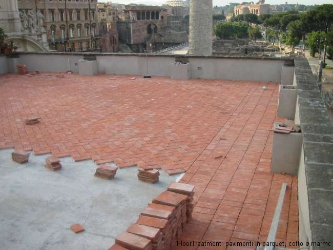 Pavimenti in cotto la nostra guida pavimenti a roma for Pavimenti in resina fai da te