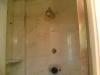 Lucidatura piano bagno e piano cucina: rivestimento doccia