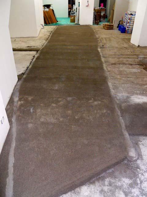 Massetti in cemento per interno pavimenti a roma - Posa pavimento esterno su cemento ...