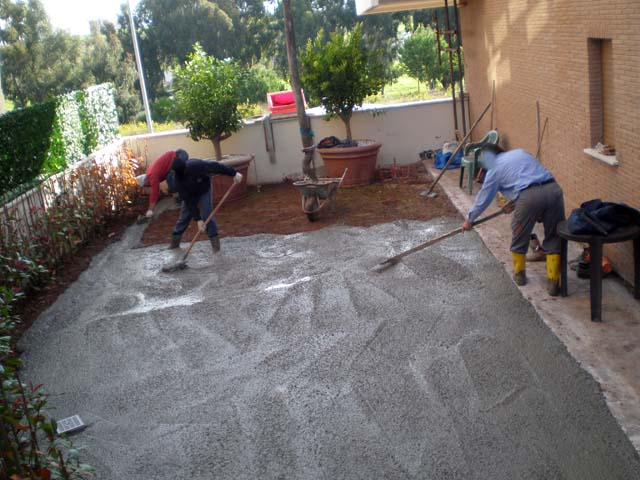 Massetto per esterno pavimenti a roma - Pavimentazione giardino senza cemento ...