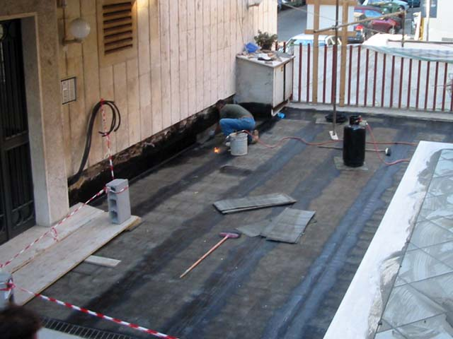 Massetto per esterno pavimenti a roma for Case con verande tutt attorno