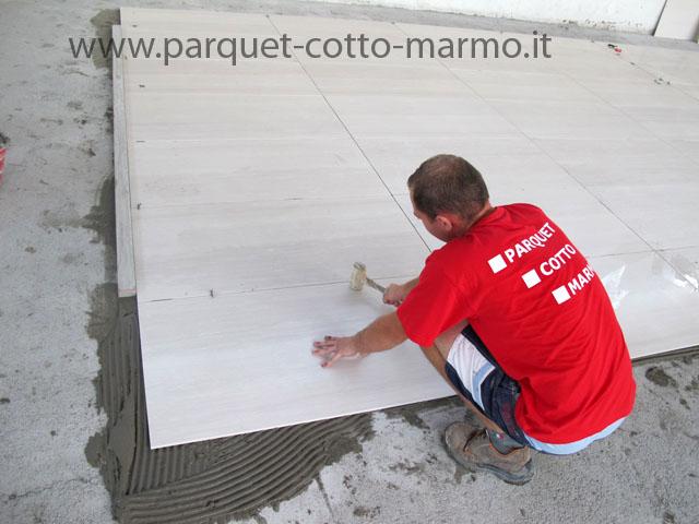 Pavimento In Piastrelle Di Ceramica Smaltata : Pavimenti in gres porcellanato pavimenti a roma