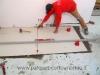 pavimenti-in-gres-porcellanato-posizionamento-distanziatori