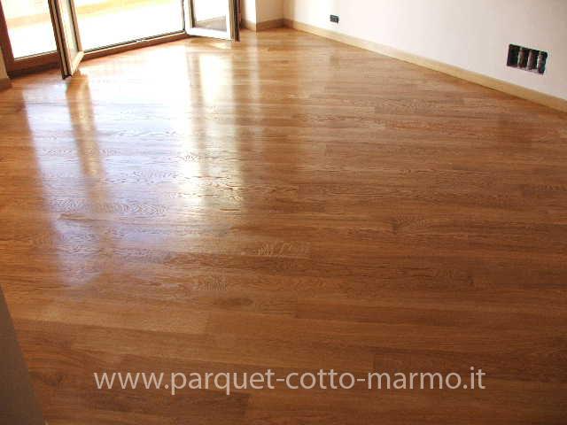 Pavimenti in parquet tradizionale pavimenti a roma for Pavimenti da incollare