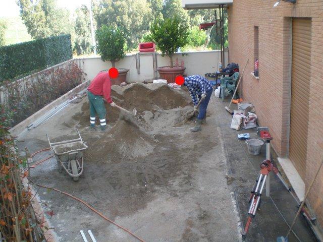 Massetto per esterno miscelazione manuale sabbia e cemento - Massetto sabbia cemento proporzioni ...