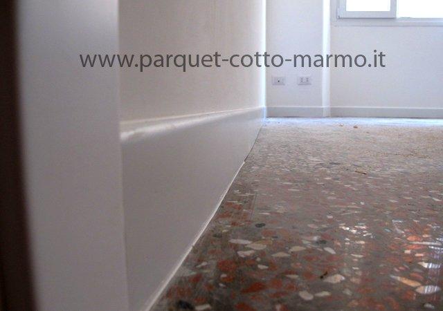 Battiscopa in legno posa in opera pavimenti a roma for Battiscopa in legno bianco