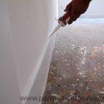 battiscopa-in-legno-bianco-stuccatura