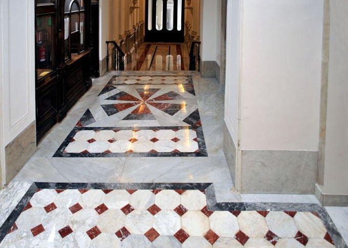 Restauro pavimenti marmo antico XV sec.