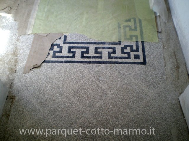 Ristrutturazione Pavimento antico in graniglie di marmo Villa A.Manzoni Roma (2007)
