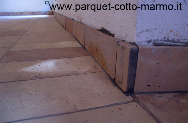 Battiscopa origini curiosit tipologie pavimenti a roma for Battiscopa ceramica
