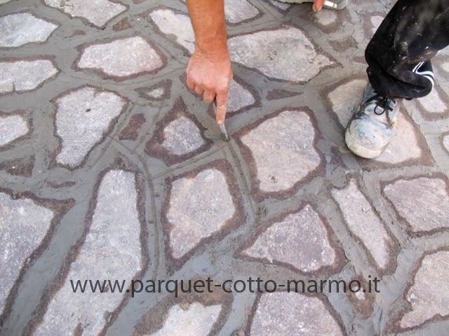 Pavimento esterno in porfido pavimenti a roma - Stuccare fughe pavimento esterno ...