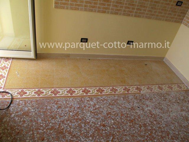 Pavimento con scarti di marmo pavimenti in resina - Piastrelle tipo veneziana ...