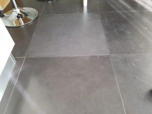 manutenzione gres porcellanato