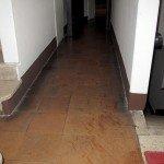 pavimenti-in-cotto-interni-N.C.-Farmacisti-prima- dell'intervento