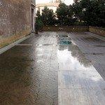 pavimento-in-cotto-esterno-con-muschio-e-licheni