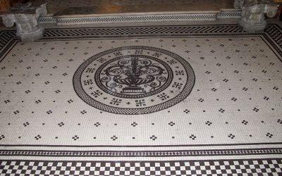 Restauro mosaico in gres del 1927