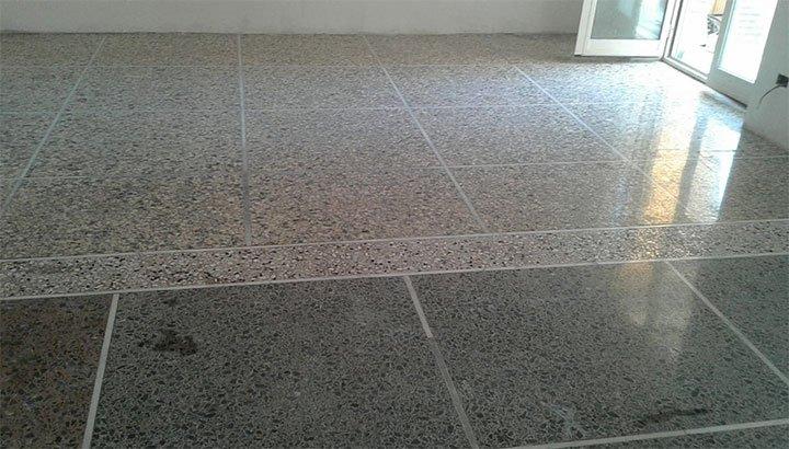 Come unire un pavimento alla veneziana se si abbatte un muro?