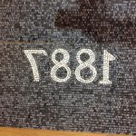mosaico realizzato alla rovescia su carta